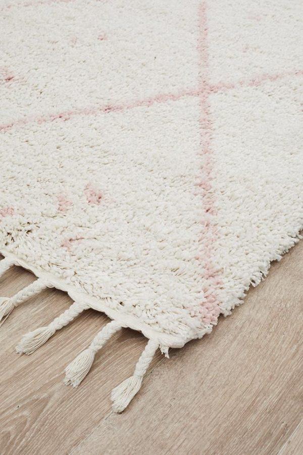 Pink Chunky Thread Rug