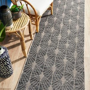 Black Invigorating Rug